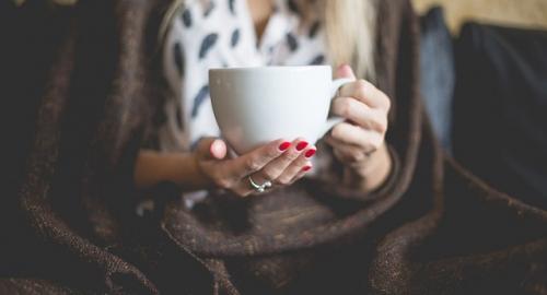 Come prevenire e curare in maniera naturale la flatulenza stomacale